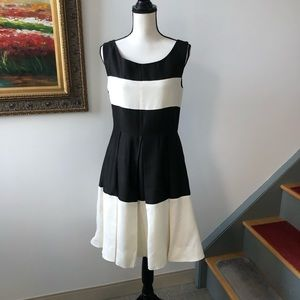 Kate Spade fit & flare dress with pockets sz 8 M